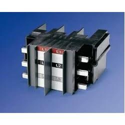 Herraje Trifasico para 2 interruptores T4 para Tablero Panelboard